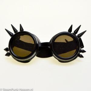 Steampunk Schweissbrille 12 ist Schwarz und gefertigt aus Hartplastik.